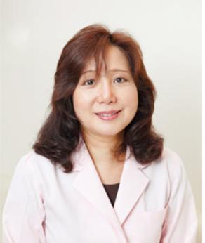橋場千織(Dr. Hashiba Chiori.)