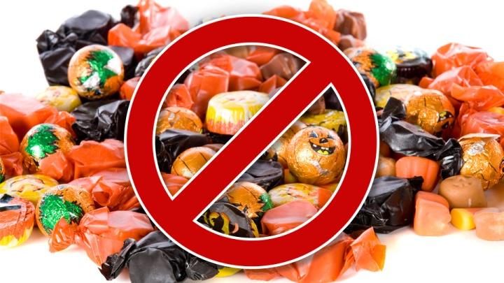 減少甜食攝入:應該控制孩子的糖果、甜食、零食的攝取。